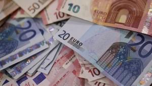 Euro, 3 yılın zirvesini gördü
