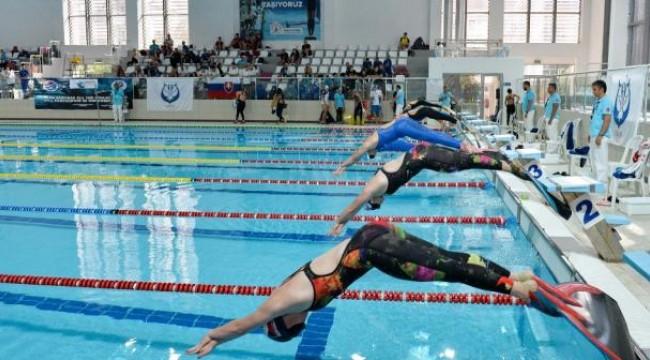 Paletli Yüzme Kulüpler Arası Gençler Türkiye Şampiyonası