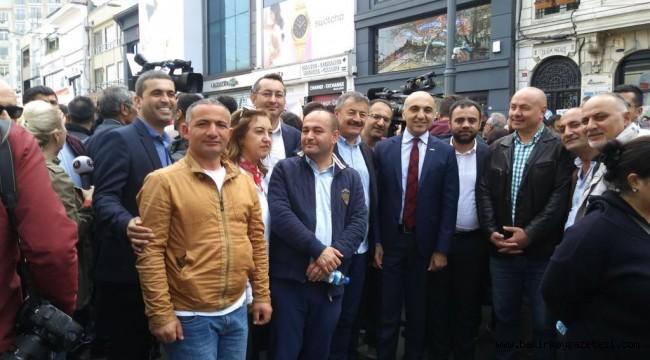 Bakırköy Belediye Başkanı ve Meclis Üyeleri de 'OHAL değil demokrasi istiyoruz' dediler...