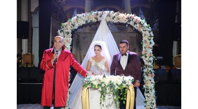 CHP'LİLERİ BULUŞTURAN DÜĞÜN