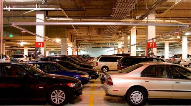 Araç sahipleri dikkat! AVM otoparkı için emsal karar