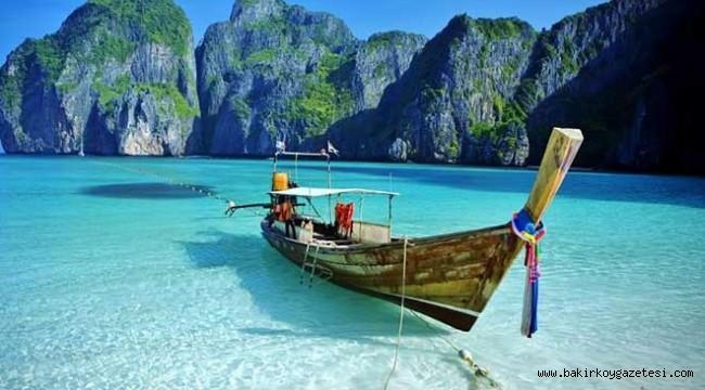 Zabıta müdürü ile asistanın Tayland'da ne işi var?