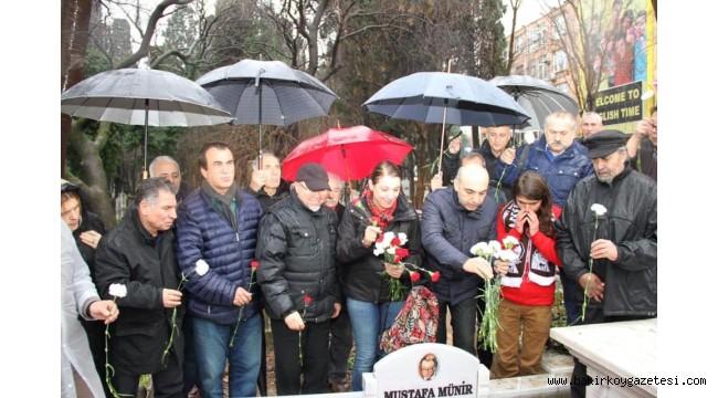 Bakırköy'de Usta sanatçı Münir Özkul mezarı başında anıldı