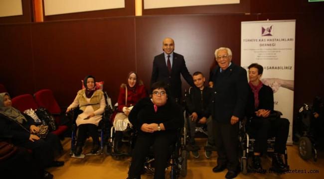 TÜRKİYE Kas Hastalıkları Derneği (KASDER) Başkan Dr. Kerimoğlu'nun katılımıyla 40. yılını kutladı.