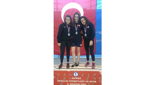 BakırköyAta Spor Kulübünden Derin Toparlak, Türkiye rekoruna imza attı.