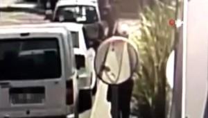 Bakırköy'de Dominik uyruklu hırsız kamerada