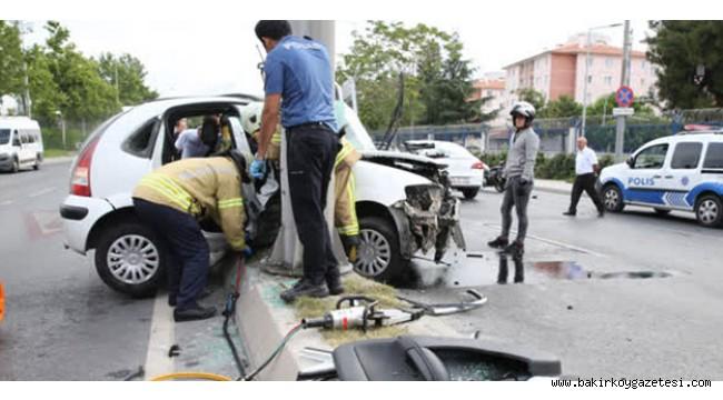 Bakırköy'de trafik kazası: Yaralılar var