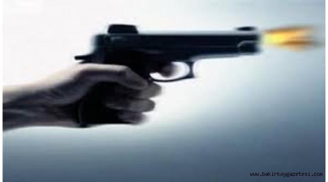 İstanbul'da iş adamı, eşini öldürüp intihar etti