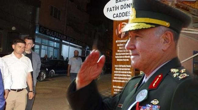 AKP'li belediye Türk askerinin üzerini çizip, AKP'li bakanın ismini yerleştirdi