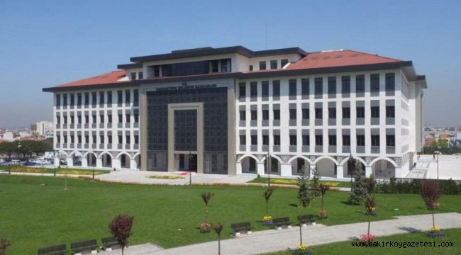 Belediye 6 ayda borca battı bina sattı…