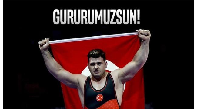 Rıza Kayaalp dünya şampiyonu!
