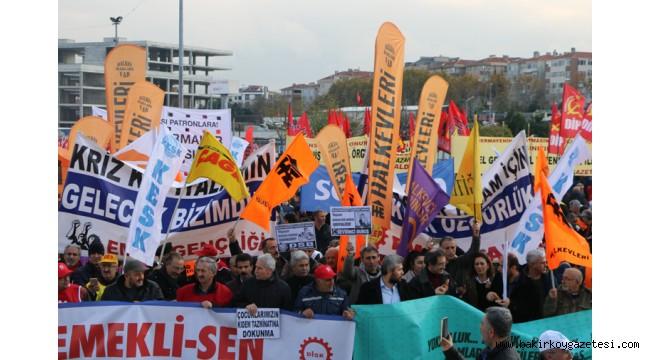 BAKIRKÖY'DE BİNLER SESLENDİ 'İNSANCA YAŞAMAK İSTİYORUZ'