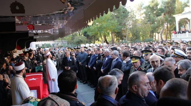 Şehit PAMİT komutanı Esma Çevik son yolculuğuna Bakırköy'den uğurlandı
