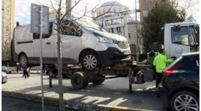 Bakırköy ,Ataköy'de araç sahiplerinin isyanı: 4 bin imza toplandı